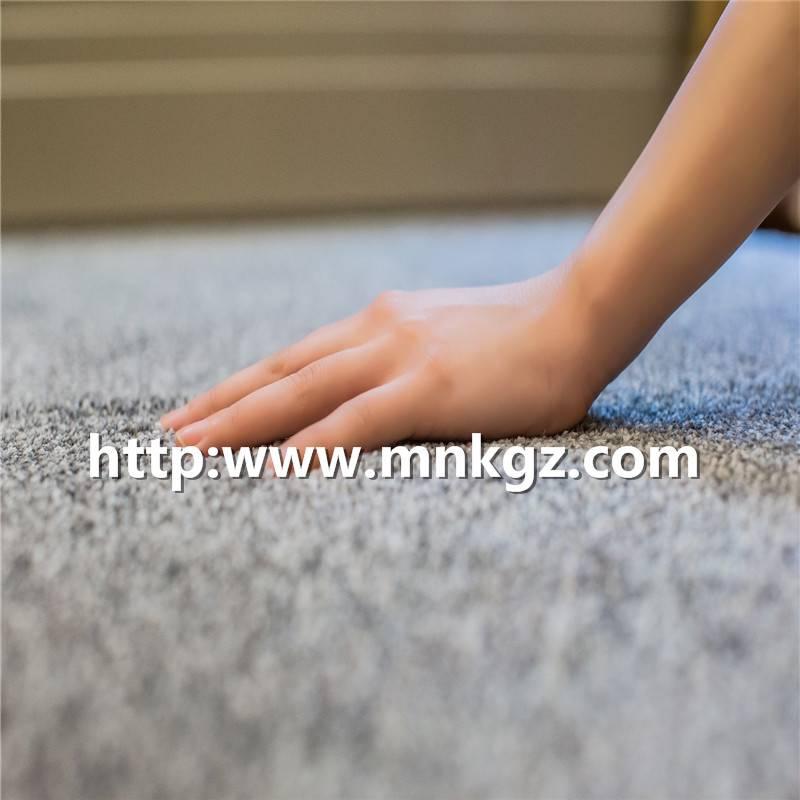 2100克纯灰色簇绒毯高密度丙纶家用块毯